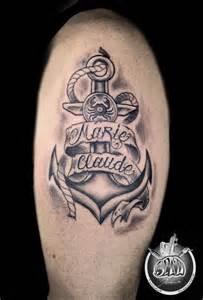 ancre parchemin et lettrage tatouage style divers par