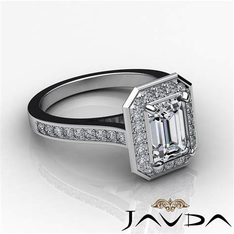 beautiful emerald cut engagement ring h vs2