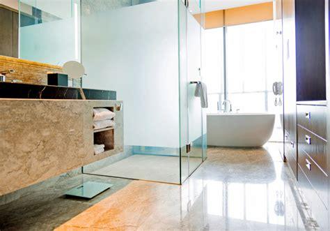 badezimmer fenster glas glas f 252 rs badezimmerfenster 187 so kann niemand reinschauen