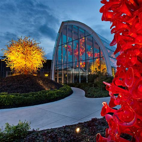 Chihuly Garden And Glass Hours by Chihuly Garden And Glass