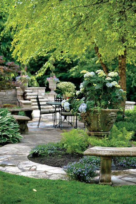 Topiary Gardens by Best 25 Topiary Garden Ideas On Formal Garden