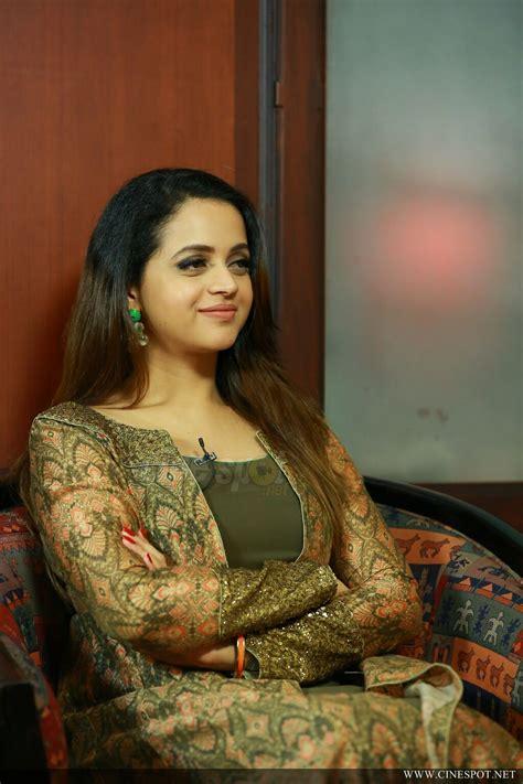 actress bhavana latest news bhavana latest photos 13