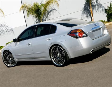 nissan altima custom rims nissan altima wheels and tires 18 19 20 22 24 inch