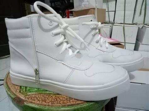 Sepatu Sendal Cewe Wanita Flat Shoes Korean Kuncir List Hitam Cs jual bd02 sale sepatu sendal sandal wedges boot boots