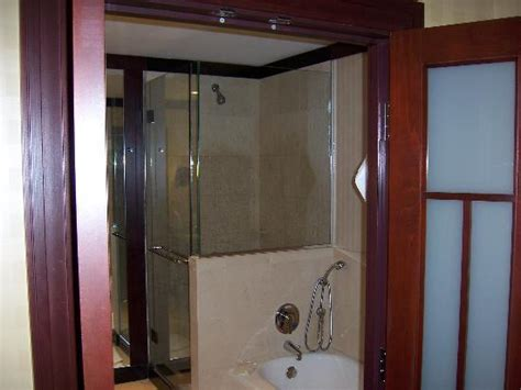 bathrooms and showers direct reviews bath tub and shower room picture of sofitel philadelphia