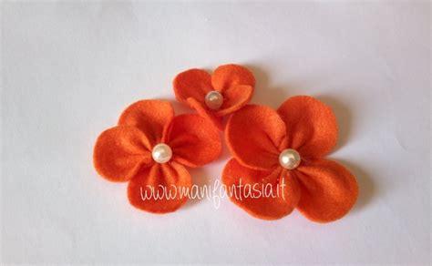 fiori con feltro fiori di feltro 10 facili tutorial senza cucire manifantasia