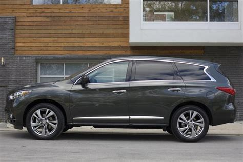 nissan infiniti qx60 2014 nissan pathfinder vs 2014 infiniti qx60 what s the