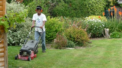 vital tools for easy lawn and also garden maintenance victoria homes design