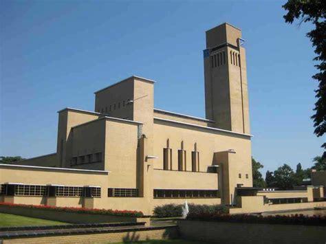 Lloyd Architects hilversum town hall raadhuis hilversum dutch modern