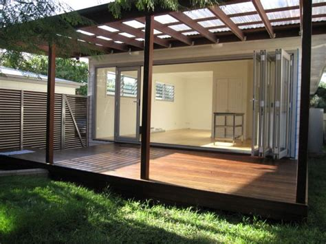 Polycarbonate Roofing On A Wooden Pergola Is An Ideal Patio Roof Design Ideas