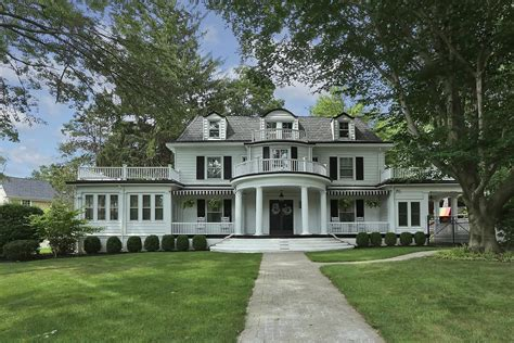 center hall colonial premier white beeches country club location stunning 7 br