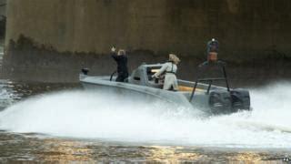 river thames jump stunt james bond fans see filming of spectre on river thames in