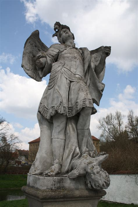 file statue of archangel michael in n 225 měšť nad oslavou jpg