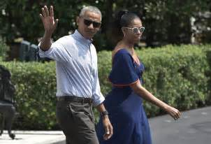 obama vacation obamas are settling into their rented d c home people com