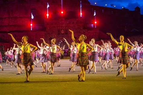 edinburgh tattoo what to wear tartan kilts scottish national dress visitscotland