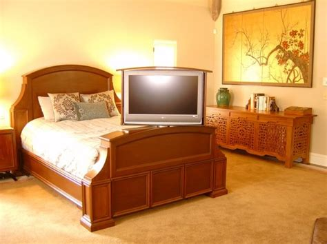 Tv Lift Footboard by 41 Best Images About Tv Lift On Flats Tvs And