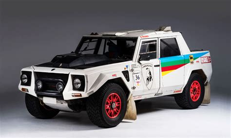 lamborghini rally car lamborghini lm002 rally car cool material