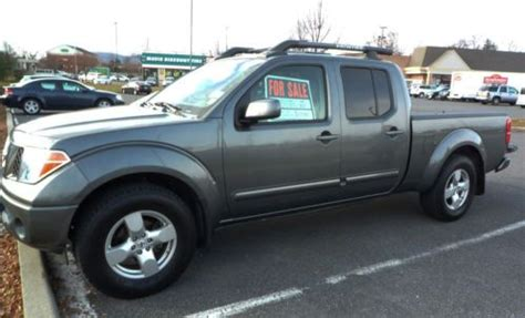nissan frontier long bed sell used 2007 nissan frontier crew cab le 4x4 long bed in