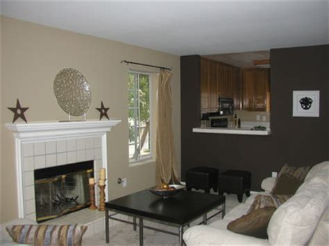 accent wall color combinations paint the town red or better yet sedona clay