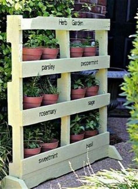 wooden pallet garden furniture plans