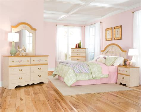 Princess Bedroom Set by Knoxville Wholesale Furniture Bedroom For Your