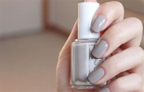 What Colors Go Good With Gray by Thenotice Essie Master Plan Swatches Review Photos