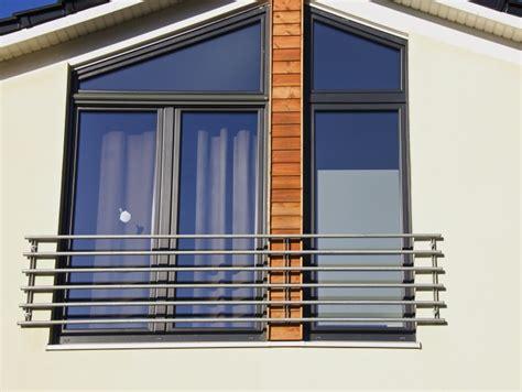 balkon holzgeländer außen idee au 223 en gel 228 nder