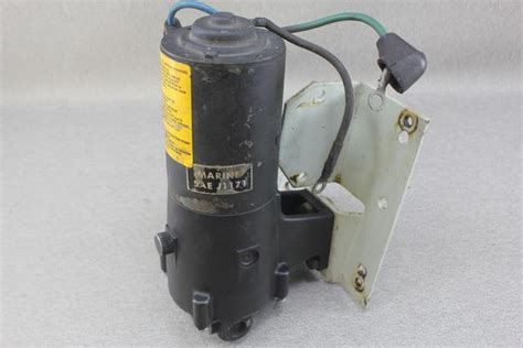 volvo penta  hydrualic power trim tilt pump motor