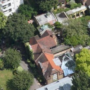 Famous Movie Houses tim burton amp helena bonham carter s houses in london