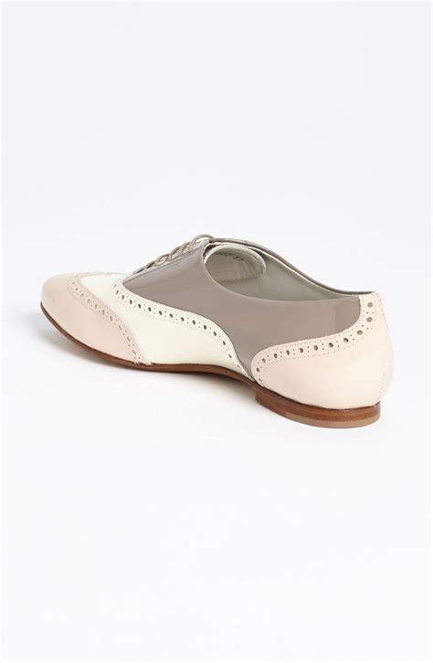 color oxford shoes attilio giusti leombruni tri color oxford in beige bonbon