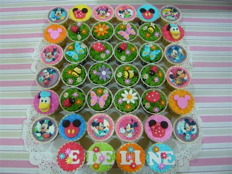 Mickey Family Set Isi 6pcs jenn cupcakes muffins edeline s 4th birthday