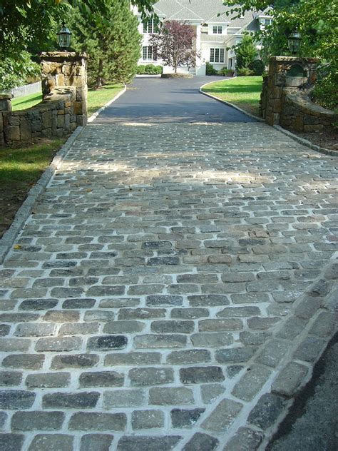 auffahrt pflastern ideen 1000 images about driveway paving ideas on