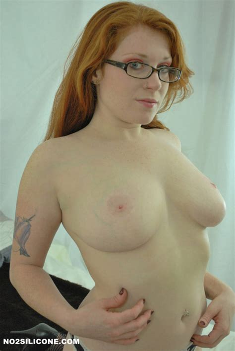 Busty Redhead Teen Shows Her Curves Naked Neighbour