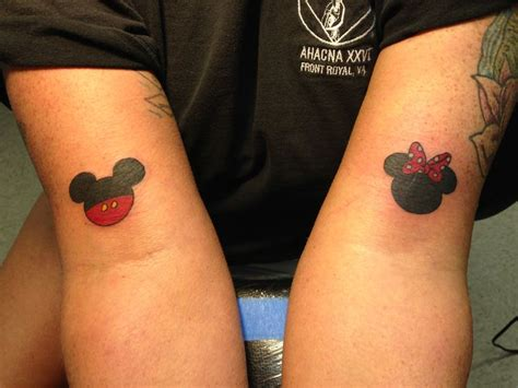 mickey mouse and minnie mouse couple tattoos best 20 matching disney tattoos ideas on