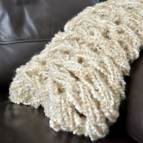 how to arm knit a blanket how to make arm knit blanket within an hour