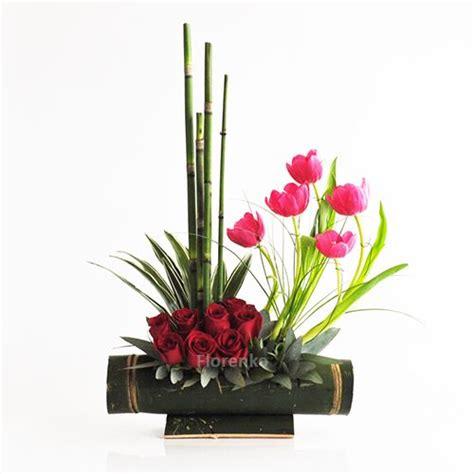 imagenes arreglos florales minimalistas estilizada presentaci 243 n de tulipanes y rosas decoradas con