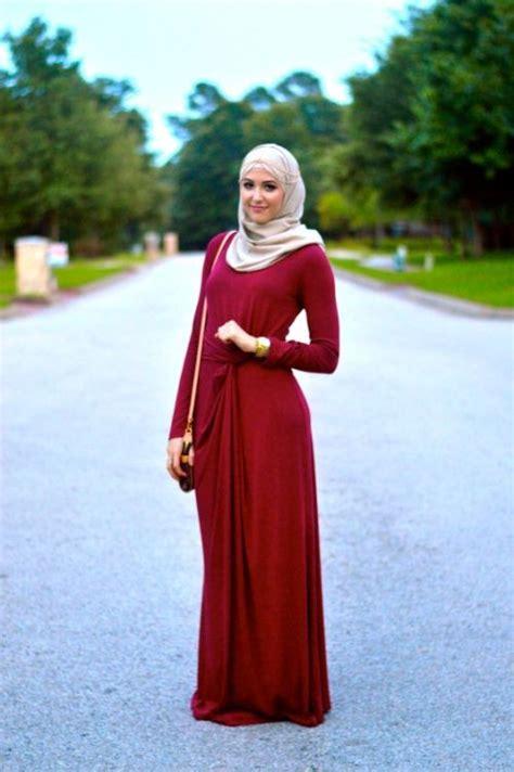 White Coral Sleeve Blouse Embroidery Skirt Pakaian Baju Wanita Impor Fashion Trend With Combination Abaya
