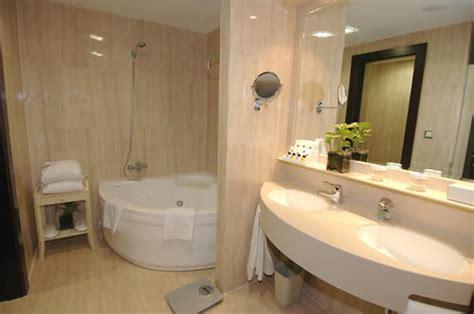 hotel vp jard n metropolitano madrid hotel jard 237 n metropolitano madrid espa 241 a hotelsearch