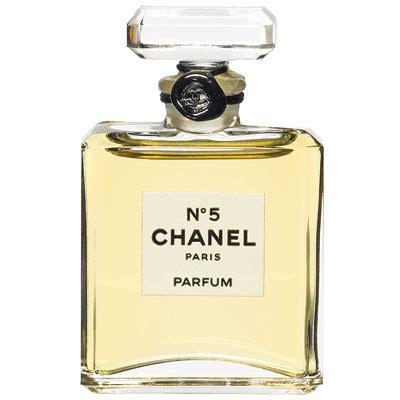 Parfum Chanel No 5 Dari Channel is chanel no 5 an s perfume thegloss