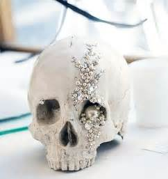 Skull Decorations by 36 Ideas To Throw A Wedding With Style