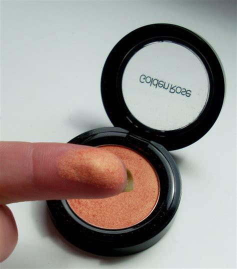 Silky Eyeshadow kosmetyczne remedium cienie do powiek golden silky