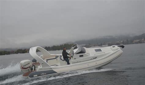nuova jolly prince 23 cabin nuova jolly prince 23 cabin enjoy cruising boatmag