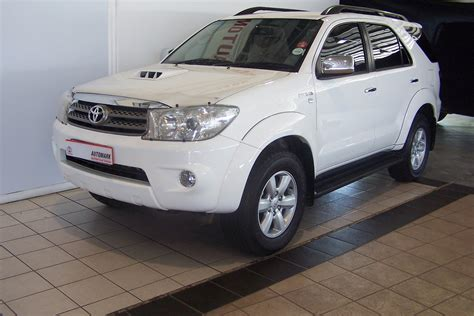 top toyota cars best toyota fortuner wallpapers part 5 best cars hd
