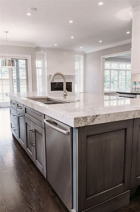 kitchen images with islands best 20 kitchen island ideas on kitchen
