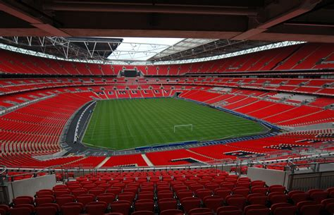 Sectioning Someone Uk by Wembley Stadion