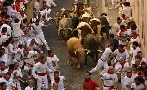 running with the bulls 2 americans 1 spaniard gored in plona s running