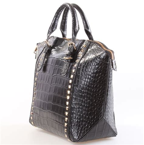 Is Your Desinger Bag Authentic by Authentic Designer Handbags Handbags And Purses On Bags