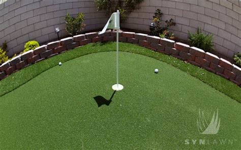 small backyard putting green elements of practice lag putts synlawn golf canada