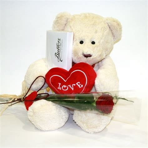cheap valentines day teddy flowers to gurgaon send flowers to gurgaon florists