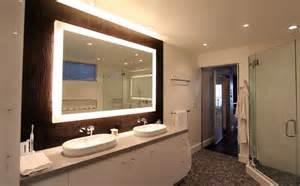 mirror units lighted